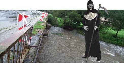 Brzotín, nebezpečný most bez zábradlia